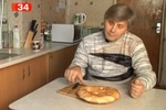 В Днепропетровске мужчина нашел в лаваше гвоздь
