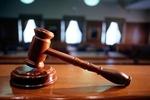 Суд арестовал еще двоих активистов за столкновения на Банковой