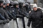 В ЕНП призывают Украину к мирному выходу из сложившейся политической ситуации