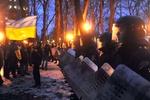 Участники митинга Партии регионов стягиваются под Раду