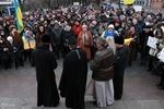 На Евромайдане в Одессе пели гимн под благословение священников