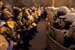 Администрацию президента охраняют пять кордонов бойцов