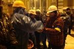 Всех мужчин Евромайдана зовут на Лютеранскую, в центре Киева очень людно