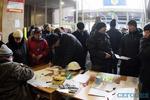 В Доме профсоюзов запаслись продуктами и дровами на несколько дней