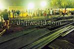 Трибуна со зрителями рухнула во время футбольного матча в Индии