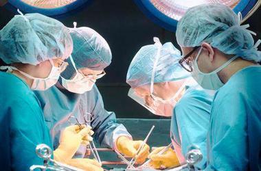 Во Франции скончался первый пациент с искусственным сердцем.