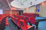Киевские власти обещают надбавки учителям и врачам