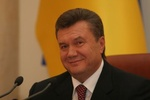 Янукович заговорил о росте зарплат и пенсий