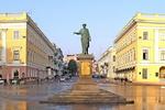 """В 2014 в Одессе появятся Аллея звезд, больница и """"Вишневый сад"""""""