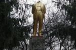 Под Винницей обезглавили Ленина