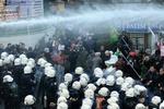 В Турции полиция разогнала демонстрацию курдов резиновыми пулями