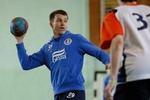 """Футболисты """"Днепра"""" выиграли турнир у баскетболистов и гандболистов"""