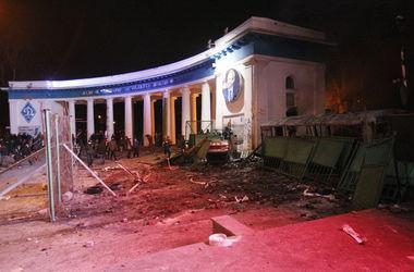 В Киеве появились первые убитые от стрельбы на улице Грушевского.