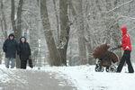 Пять тысяч дворников пытаются спасти Киев от снега