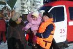 В Киеве со льдины спасали четырехлетнюю девочку
