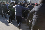 Драка на митинге Антимайдана в Донецке: есть задержанные и пострадавшие
