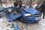 В Горловке из-за взрыва такси повылетали окна в квартирах