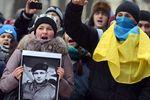 Арбузов выразил соболезнования семьям погибших при столкновениях в Киеве