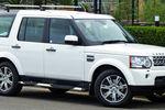В Москве угнали Land Rover с маленькими детьми в салоне