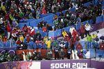 Болельщики в Сочи недовольны очередями, а ТВ-зрители обращают внимание на пустые места