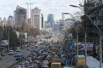 Крупнейшая пробка недели в Киеве заблокировала девять километров дороги