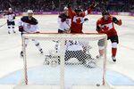 Канадцы обыграли США и вышли в финал в Сочи