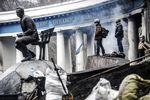 Баррикады в Киеве начнут разбирать  уже завтра