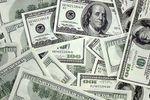 Курс доллара на межбанке приблизился к историческому максимуму