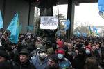 Как в Крыму митингуют крымские татары, казаки и пророссийские организации