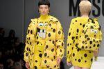 Известный бренд одежды представил коллекцию с изображением Губки Боба и McDonalds