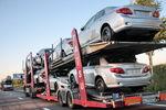 Из Крыма массово вывозят новые машины