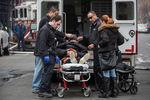 Число погибших при взрыве газа в Нью-Йорке возросло до трех