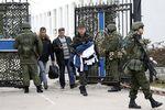 Сотни крымских военных едут на материк с семьями и нуждаются в моральной поддержке