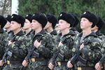 Турчинов уволил в запас военных, призванных из Крыма