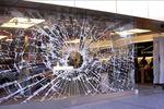 В Одесской области пьяные подростки разбили витрину магазина