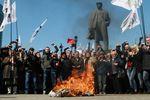 Турчинов взял под личный контроль ситуацию в Донецкой и Луганской областях