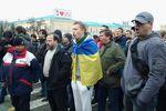Ситуация в регионах: акции против сепаратизма в Харькове и неизвестные в здании СБУ Донецка
