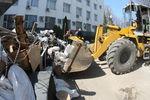 В Донецке разбирают баррикады возле СБУ