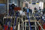 Холл Донецкой ОГА завален бутылками, покрышками и кирпичами