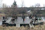 Военные инженеры сооружали мосты и переправы