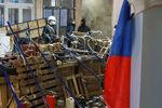 Ситуация на востоке: сепаратисты ждут штурма, укрепляют баррикады и бродят по улицам