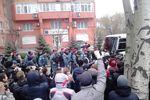Протестующие в Донецке требовали отставки начальника главка Пожидаева