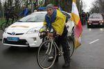 """В Одессе участники """"Велосотки"""" колесили по городу с флагами Украины"""