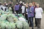 Носки, белье и унитаз: на всеукраинском субботнике собрали тонны мусора
