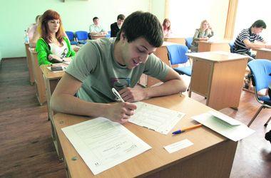 Киевские выпускники перед тестами смогут проверить свои знания онлайн