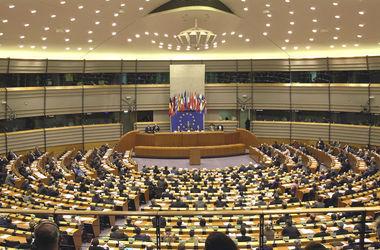 Европарламент поддержал руководство Украины в его действиях по защите страны