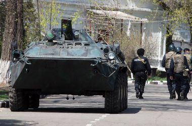 """В МВД назвали Славянск """"самой горячей точкой страны"""""""