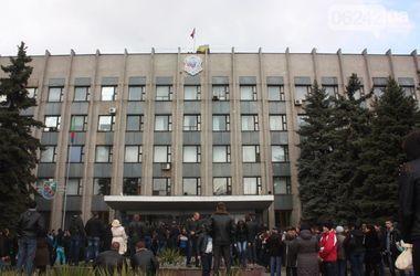 """Захватчики милиции в Горловке ждут особое распоряжение """"из центра в Славянске"""""""
