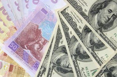 """Американские сенаторы предлагают """"привязать"""" гривну к доллару"""