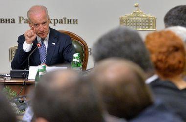 Байден пообещал помочь Украине избавиться от зависимости от России